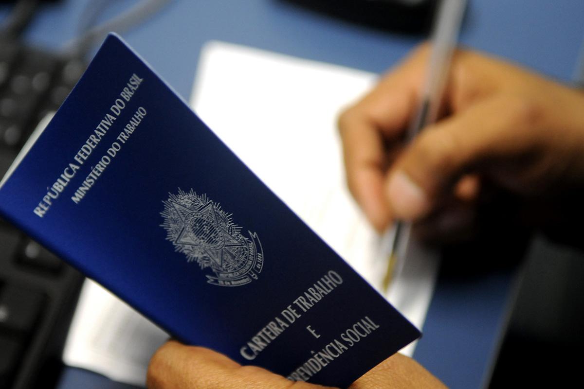 Extensão da MP 936 é sancionada por Bolsonaro